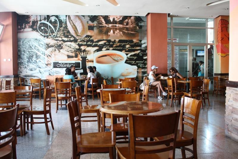 Thiết kế nội thất quán cafe Kaldis Coffee