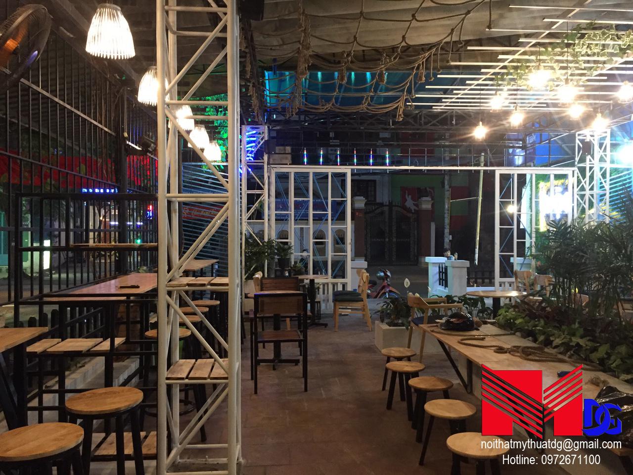 Thi công quán cafe sân vườn Mộc Coffee (12)
