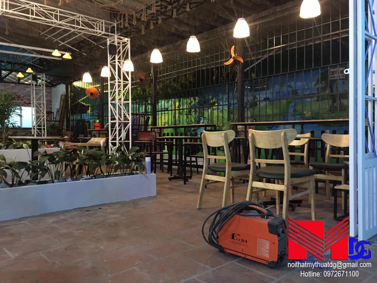 Thi công quán cafe sân vườn Mộc Coffee (13)