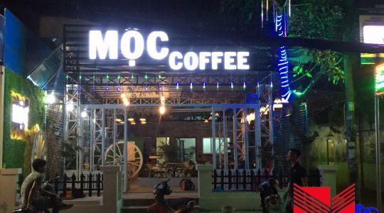 Thi công quán cafe sân vườn Mộc Coffee (4)