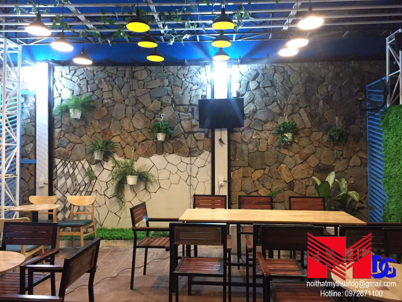 Thi công quán cafe sân vườn Mộc Coffee (7)