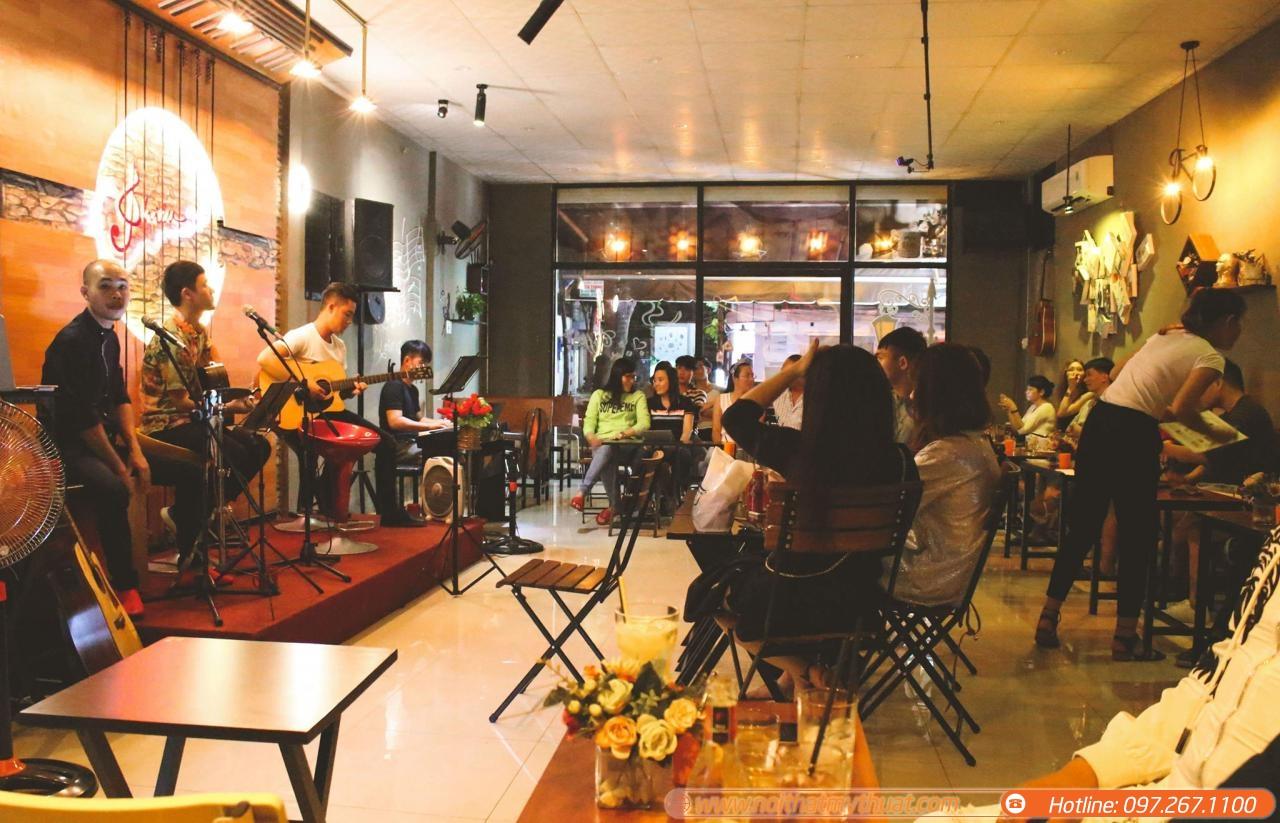 Kết quả hình ảnh cho quán cà phê với âm nhạc
